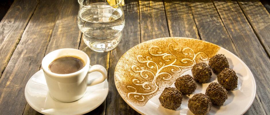 Кофе по-старобелорусски и шляхетские конфеты.